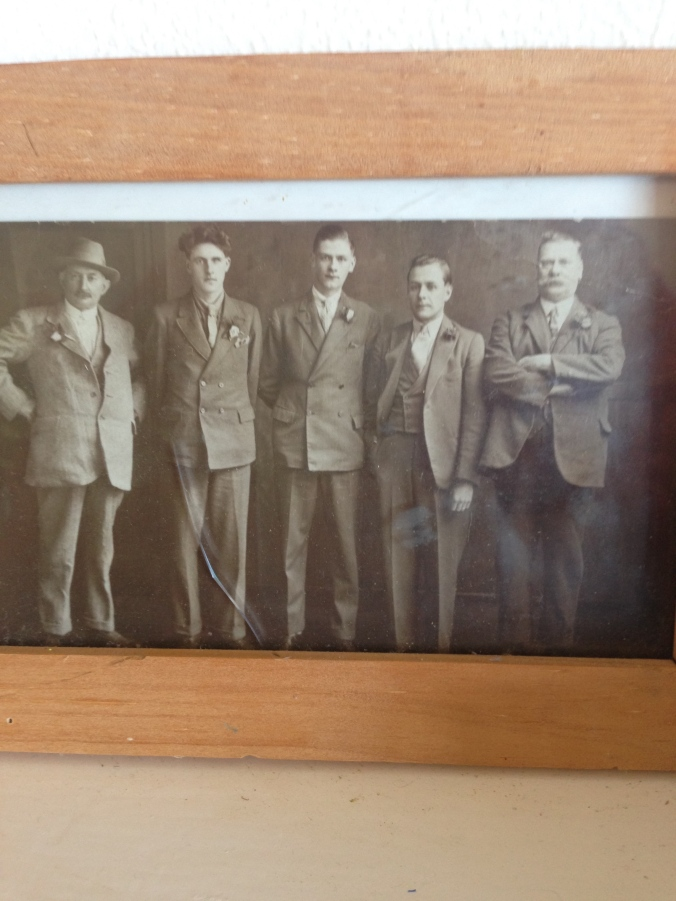 Da Boyz. The dapper handsome one was Gladys's brother. I met him once. He was an old man, but still dapper. I suspect this photo was taken on the occasion of my grandparents wedding. Again, where are the girls?